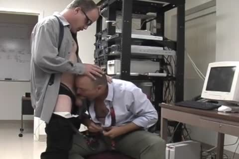Junior And David have a joy A oral stimulation job-sex-job In The Office