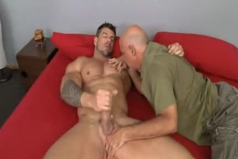 daddy dude bonks Muscle Hunk Zeb Atlas
