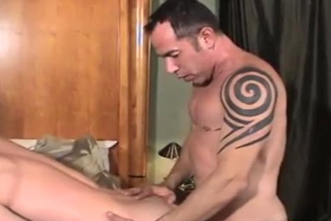 Father And Son BBC gangbang, suck, Kiss ,sex cream discharged