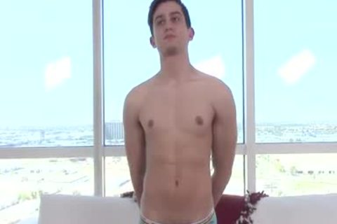 HD - GayCastings Web cam Performer Likes To S
