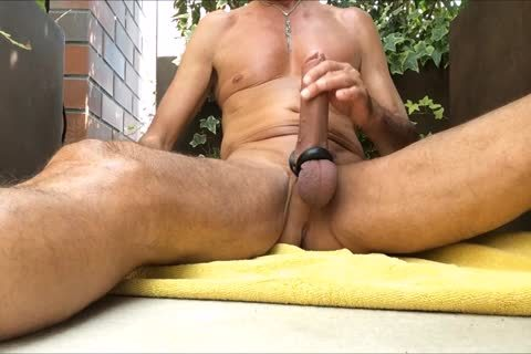 Http://www.xtube.com's Very yummy. I Like To Play With Me On The Balcony With All My dildos And Poppers
