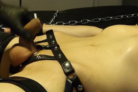lad Comes Proudly With His recent Set Of Shiny Latex Restraints. that lad Doesn't Know Until Late That Their Efficacy Will Be Checked With Painful Electro On The hips. As The Sub Has Not ball sperm For A Week, that lad's Masturbated Several Times Wit