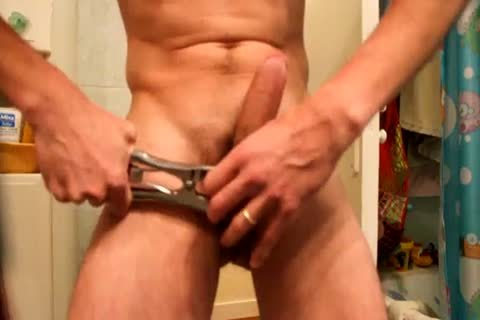 Jacking Off, After Applying A bunch With An Elastrator, And Hanging 2kg Weight To The Balls. not quite Castrated