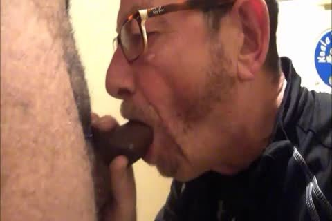 Daddy Meets A delightsome 18yo Bull On CraigsList.  They Meet In The Hotel's baths Where Daddy Sucks Then acquires nailed.  Finishes Off His Hung playgirl Swallowing His palatable sperm Then His lad Gives Daddy His last Treat By Pissing Down His