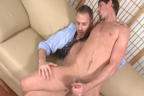 Tempting homo Gives oral enjoyment-service joy