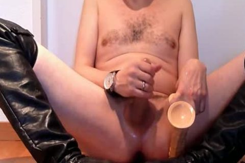 Jerking Wearing dark Over-knee High-heels With fake 10-Pounder And Cumming