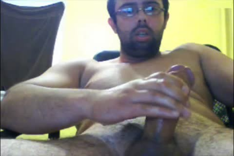 This Time Puts Camera Up Close On The Tip Of His Mushroom oral-job stimulation-sex. Let Me Know If u Like.