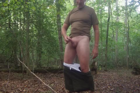 I Love Stripping Down in nature's garb And Openly Masturbating In Public.