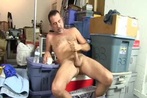 excited homosexual guy Uses A Bottle To plough Himself