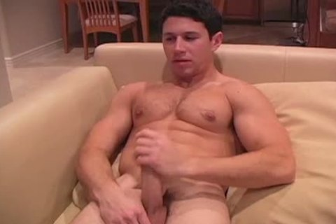 This darksome Haired powerful chap Enjoys His jack off