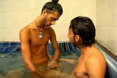 Jewish males Taking A baths And greater quantity