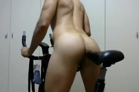 wicked twink Rides His Bike Camshow - Jerkit.net