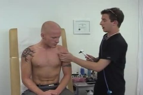 video Of homo in nature's garb boyfrends Doctors And delightsome Muscle Male Doctor