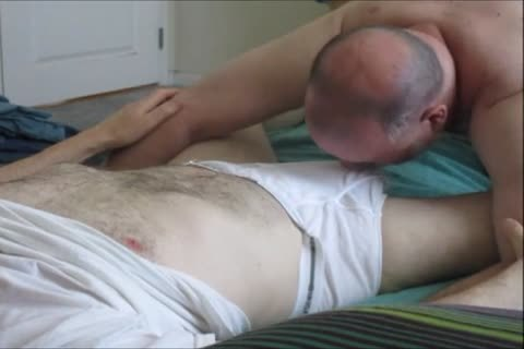 Sensuous sucking For A big-Dicked dude.  OD clip 206.