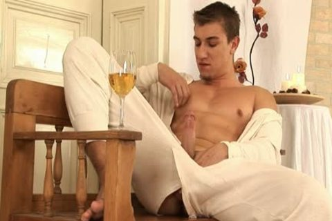 This charming homo man Comes Home And Drinks Some Wine previous to His Has A Sensual Self Devotion Session