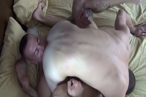 allies pound In Bedroom