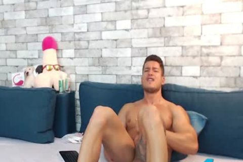 pumped up Euro Ethan Joy Cums With An OhMiBod Inside His sleazy arse