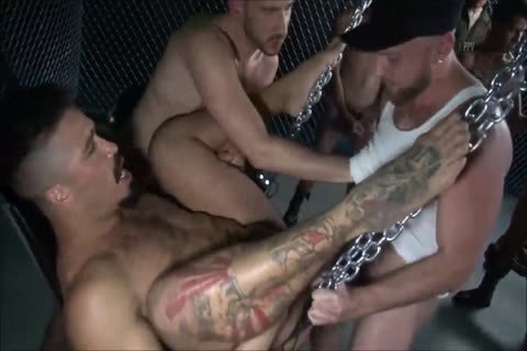 bareback - The big gang gangbang - II