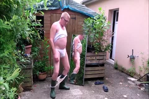 Genuine Exhibitionist Shows His underclothing And more (part 1).mp4