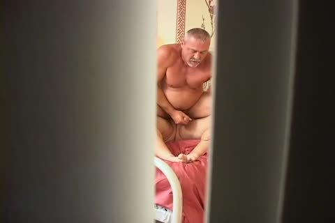 Hidden clip scene Of A couple Maing Love In daybed