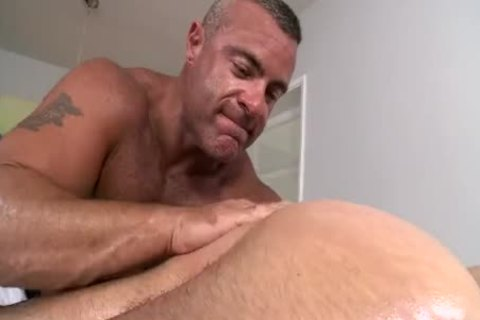 Super sexy muscled hunk axel gets hot massage