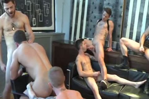Muscle homosexual oral-job sex With spooge flow
