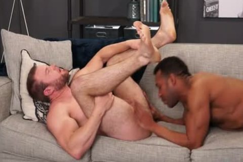 Muscle homo Flip Flop With ejaculation