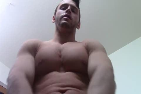 Verbal dom Muscle Worship