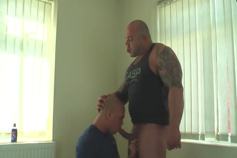 Muscle Daddy Glazing Sons aperture bare