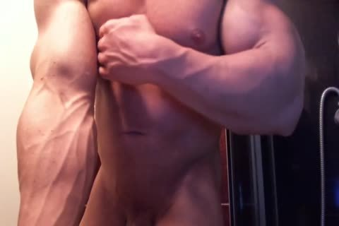 Bodybuilder Shower, Flex And sperm