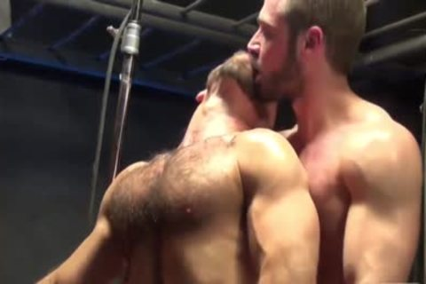 muscular gay fuckers