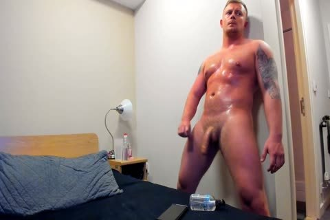 powerful British twink Jerks Off On cam