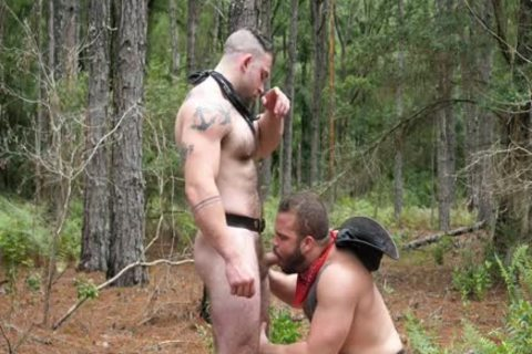 Southworld - Two Muscle boyz In The Woods