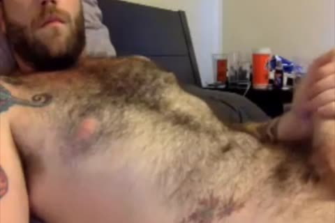 This bushy Dilf loves To wank Off On cam