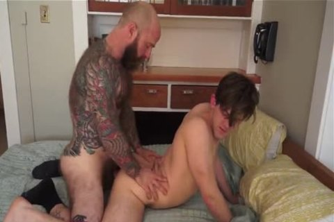 Daddy Breeds A lad W Jack Dixon & Wesley Downs