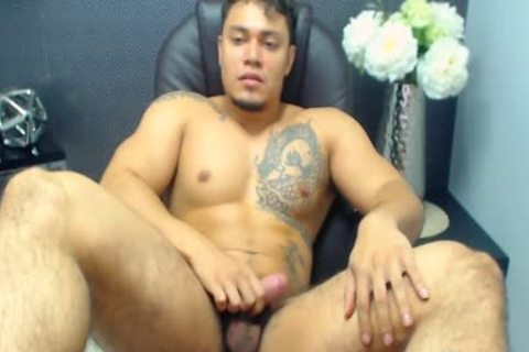 Flirt4Free Model Allen Ferrer - Latino Hunk With hairy Pubes Jerks His dick