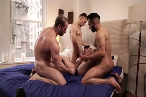 Four Hunks raw
