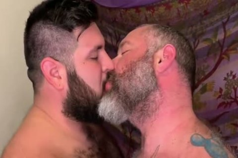 Bear fucks Daddy bare