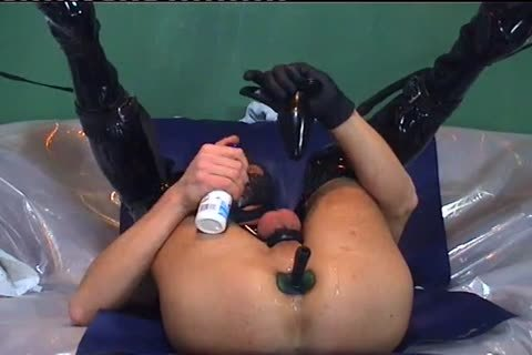 bdsm lad Playing With Her Asspussy
