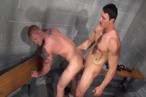 Jason Adonis bonks Marcus metallic