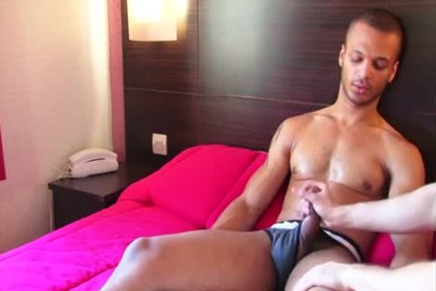 Arab Solo With Helping Hand
