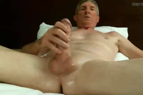 big Dicked daddy wanking 032
