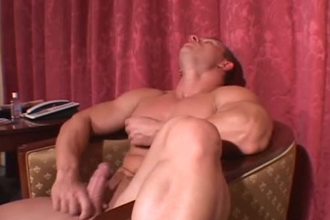 Muscle Hunks - Johnny Dirk - delightsome Manhood