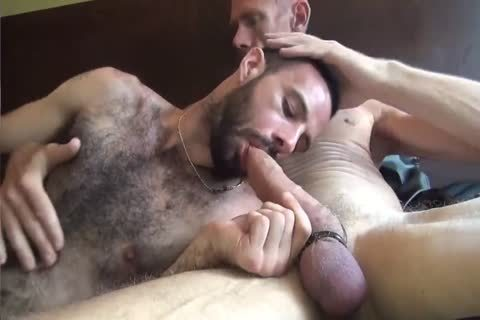 GUNNER & DAVID-GIFTED DADDY STUFFING hairy ass