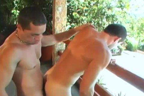 Latino Muscle bare In Paradise XXX
